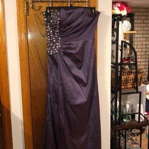 Beautiful Elegant Dress!